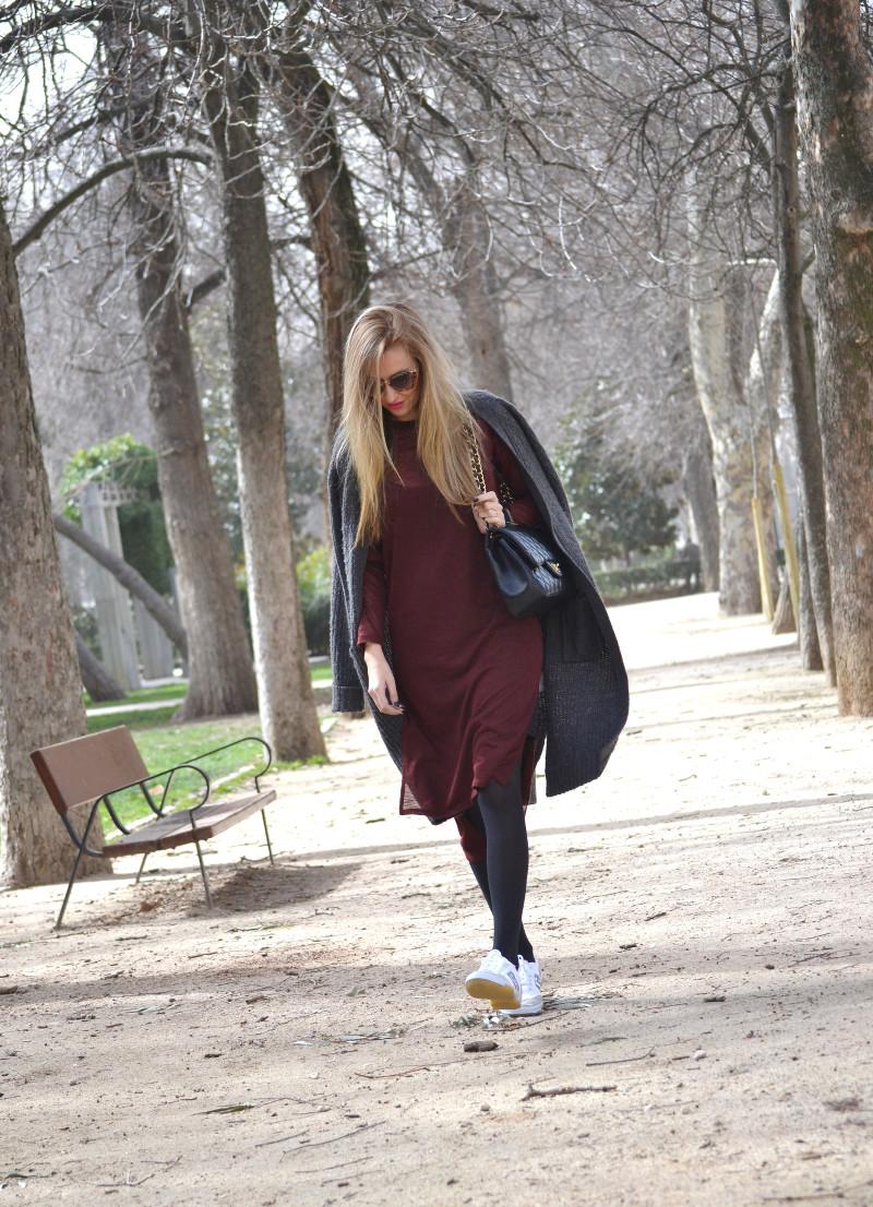 Long_c&a_cardigan_don_franklin_jumbo_chanel_miu_miu_sneaker_lara_martin_gilarranz_bymyheels (12)