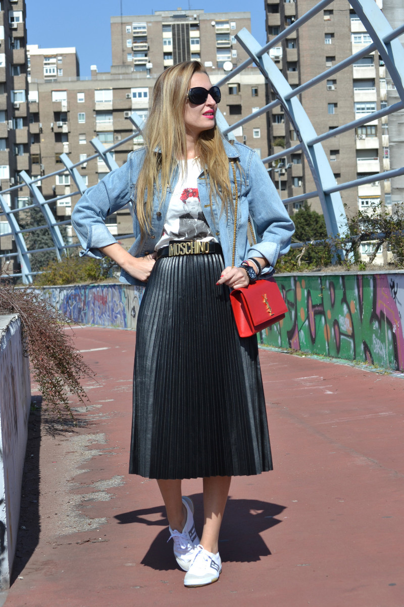 Oxygene_Skirt_Monogram_Red_Yves_Saint_Laurent_D_Franklin_Denim_Dear_Tee_Lara_Martin_Gilarranz_Bymyheels (2)