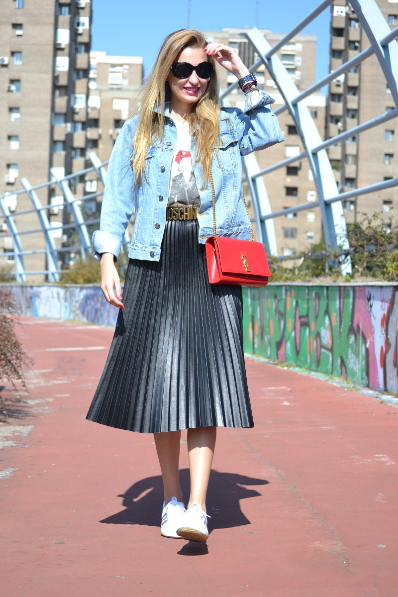Oxygene_Skirt_Monogram_Red_Yves_Saint_Laurent_D_Franklin_Denim_Dear_Tee_Lara_Martin_Gilarranz_Bymyheels (5)