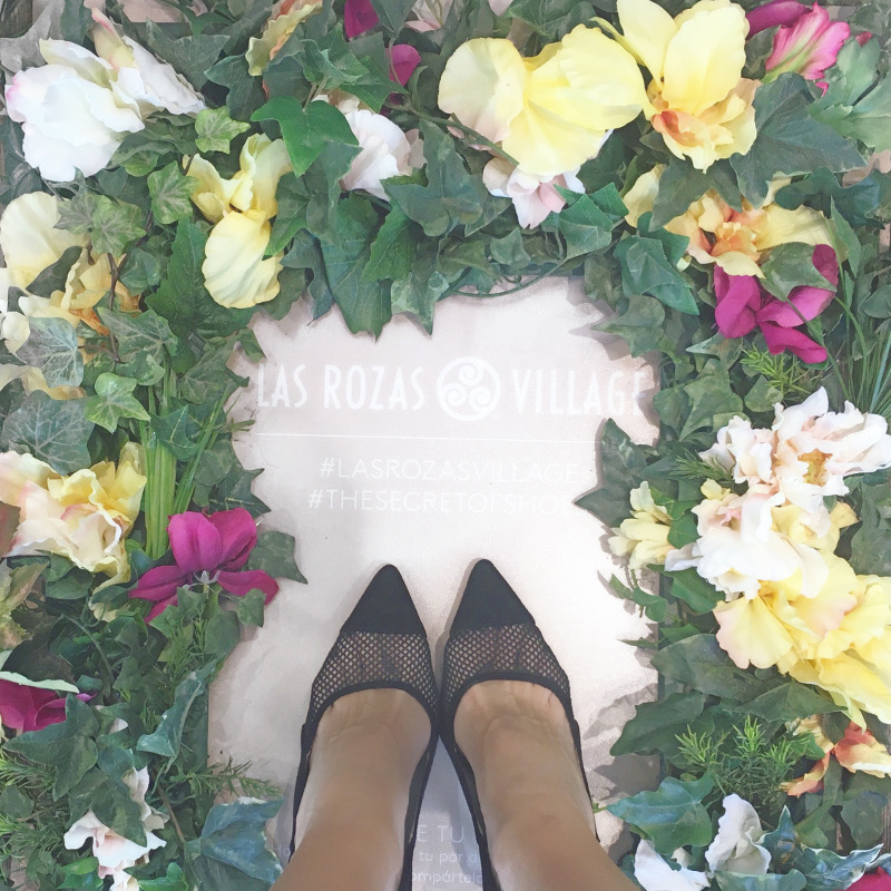 Bymyheels_Lara_Martin_Gilarranz_Las_Rozas_Village_Chic_Outlet_Shopping_Sneakers_The_Secret_Of_shoes (14)