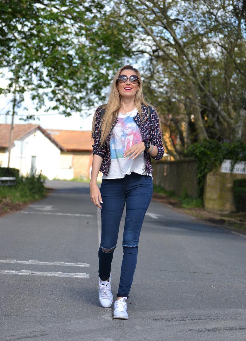 Navarra_Villa_Marcilla_Florette_Lara_Martin_Gilarranz_Bymyheels_Ripped_Jeans_Sneakers_Chanel (9)