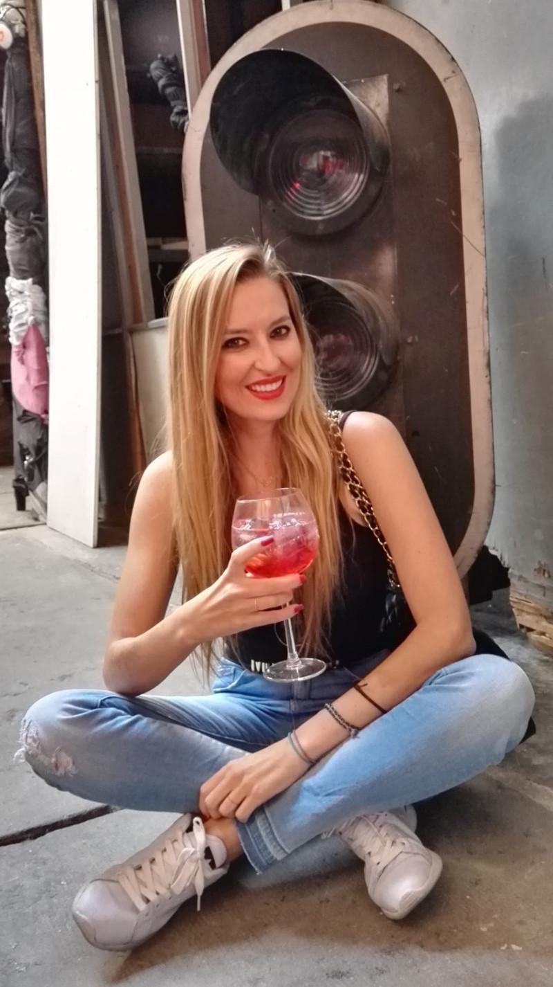 Unexpected_Red_Art_Campara_Neomudejar_Atocha_Lara_Martin_Gilarranz_Bymyheels (14)
