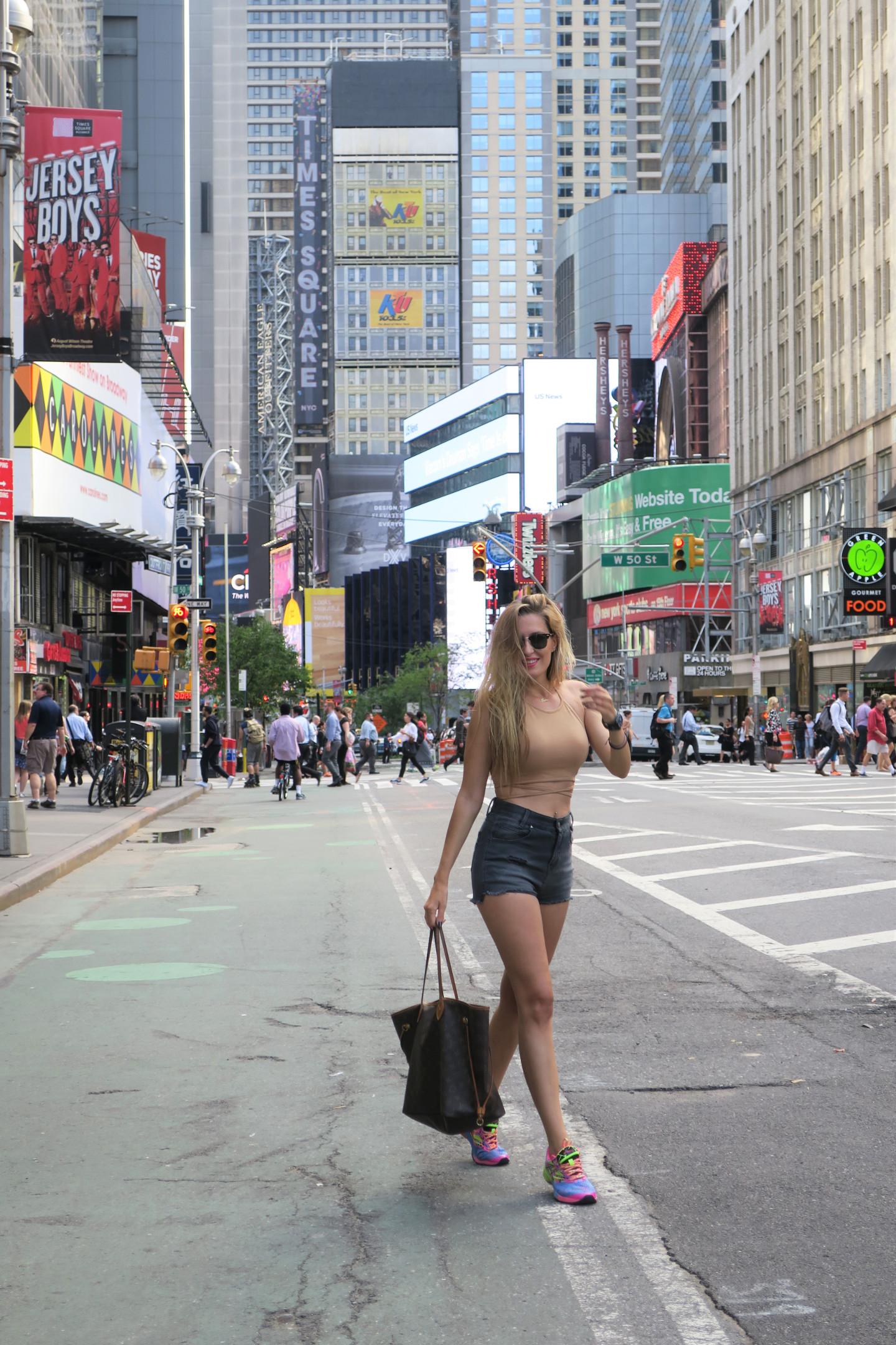 Times_Square_Nueva_York_New_York_Lara_Martin_Gilarranz_Bymyheels (3)