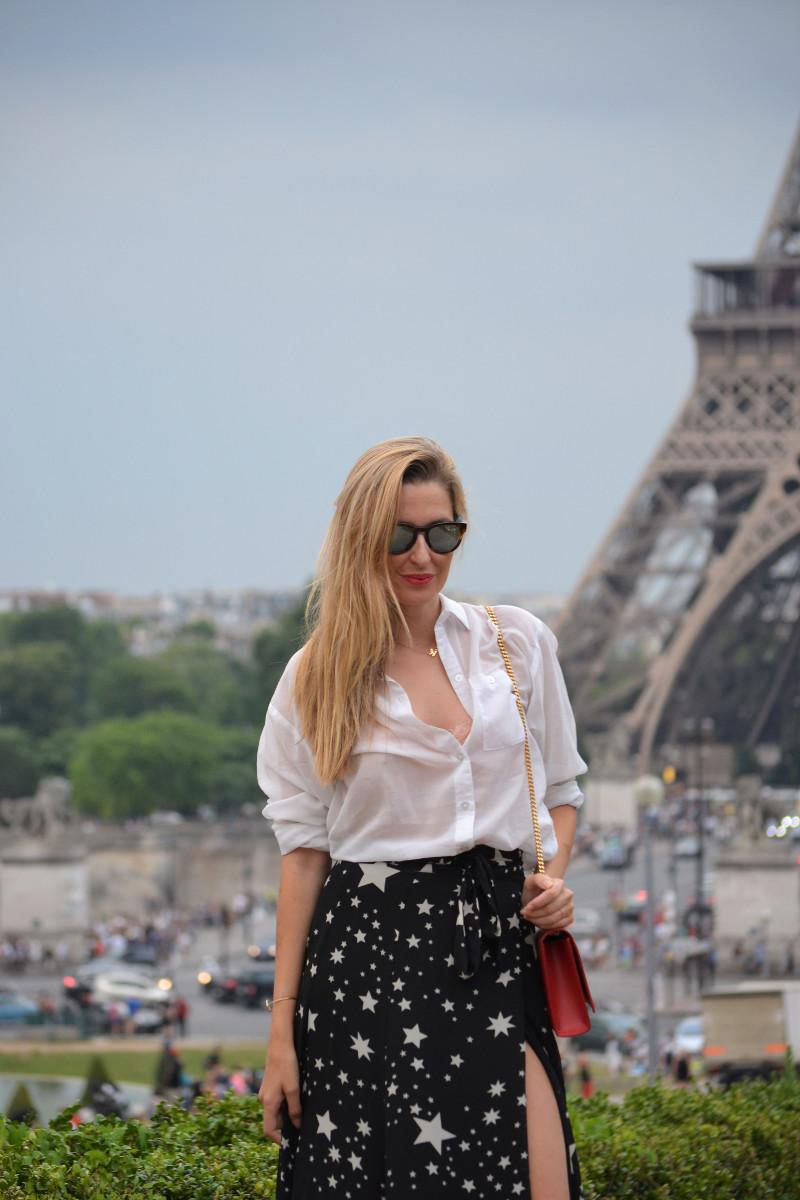 Lovers_Friends_Guess_Yves_Saint_Laurent_Tous_Tour_Eiffel_Lara_Martin_Gilarranz_Bymyheels (3)