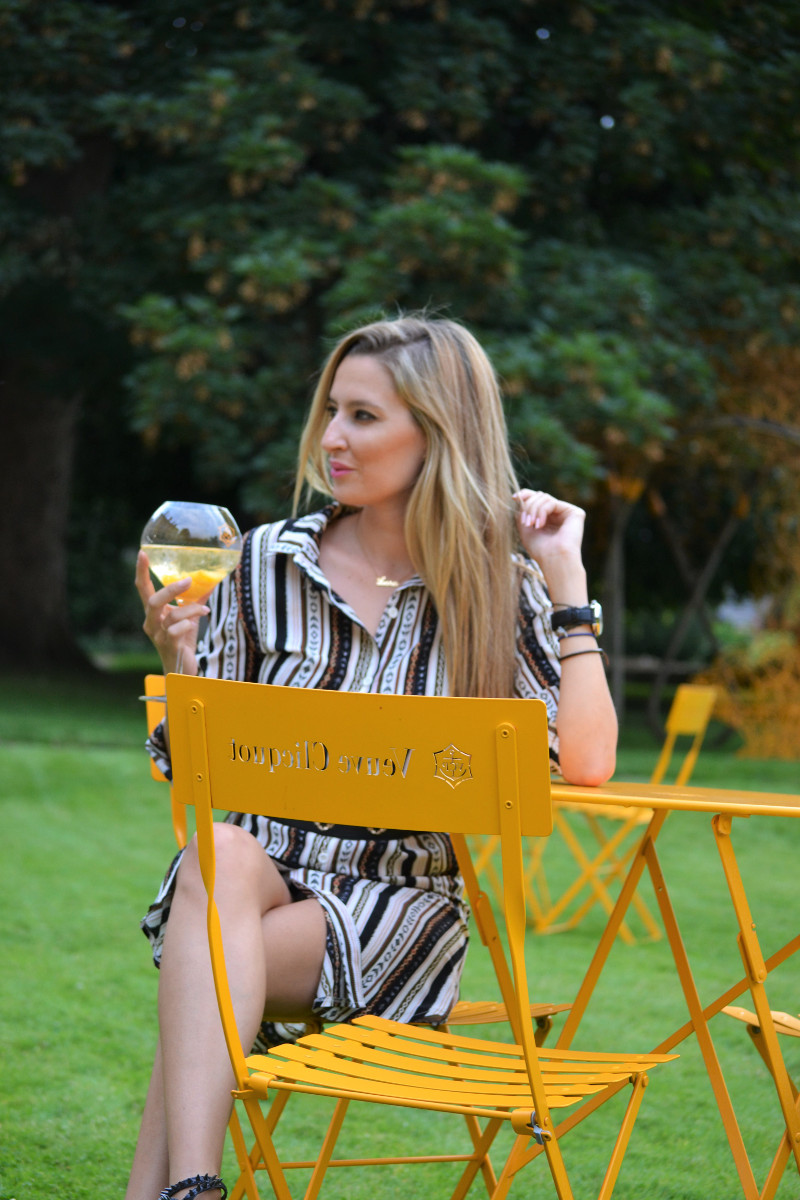 Stripes_Dress_Caftan_Venca_Lara_Martin_Gilarranz_Bymyheels_Hotel_Du_Marc_Reims (3)