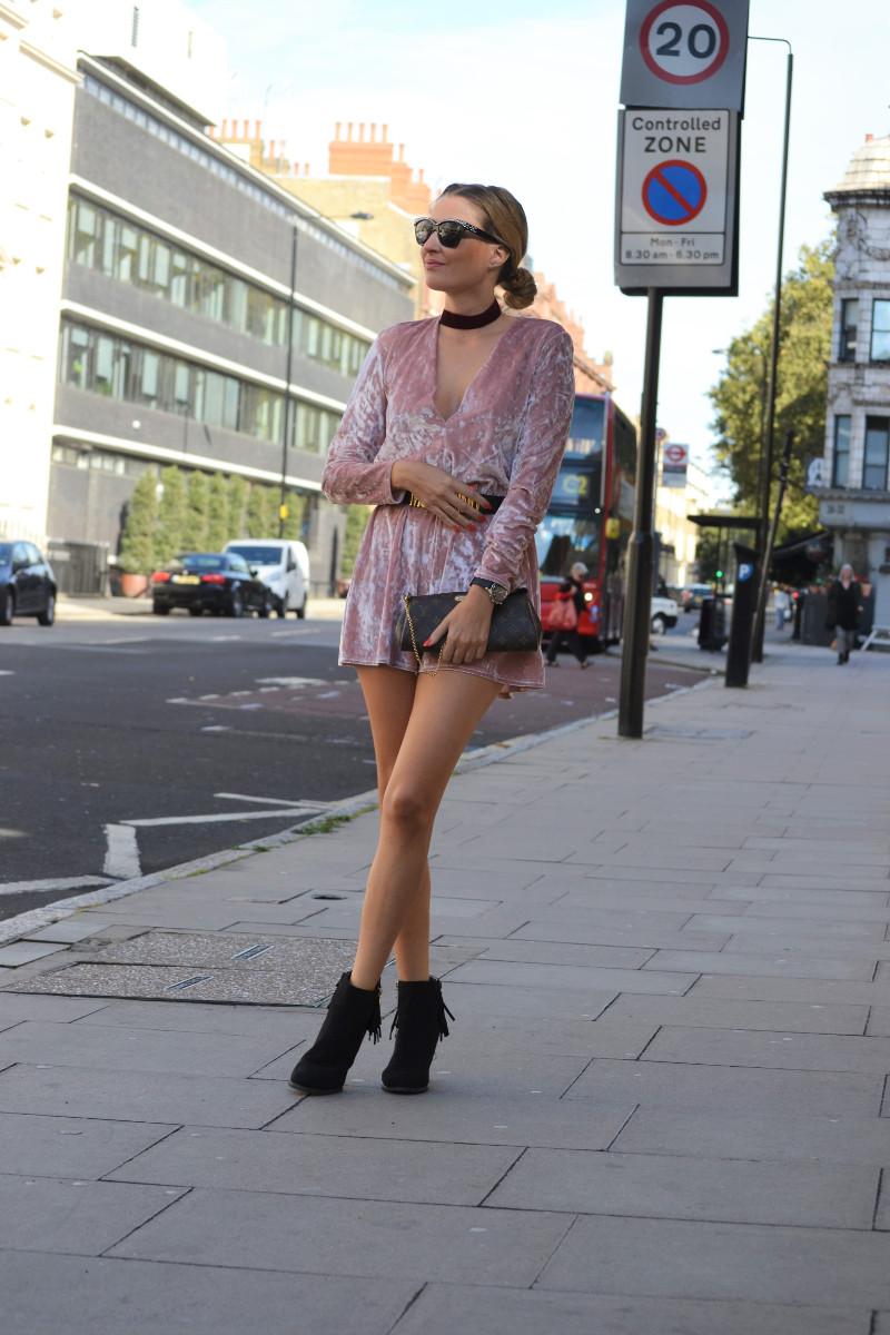 velvet_jumpsuit_primark_pink_booties_lara_martin_gilarranz_bymyheels_londres-1